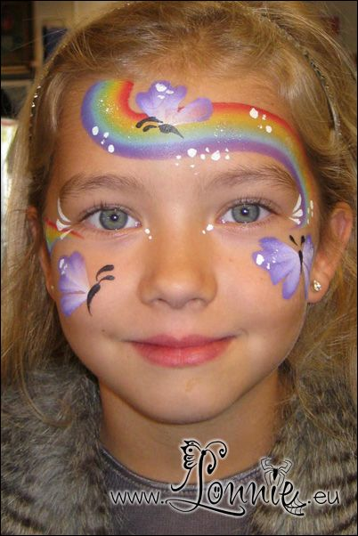 Lonnies Ansigtsmaling - Rainbow and Butterfly mask.
