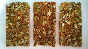 Lijnzaad-wortelcrackers #glutenvrij http://dayennefoodblog.com/2014/03/25/lijnzaad-wortel-crackes/