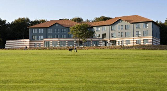 Aa Saint Omer Hotel Du Golf - #Hotel - $116 - #Hotels #France #Lumbres http://www.justigo.biz/hotels/france/lumbres/aa-saint-omer-du-golf_86455.html