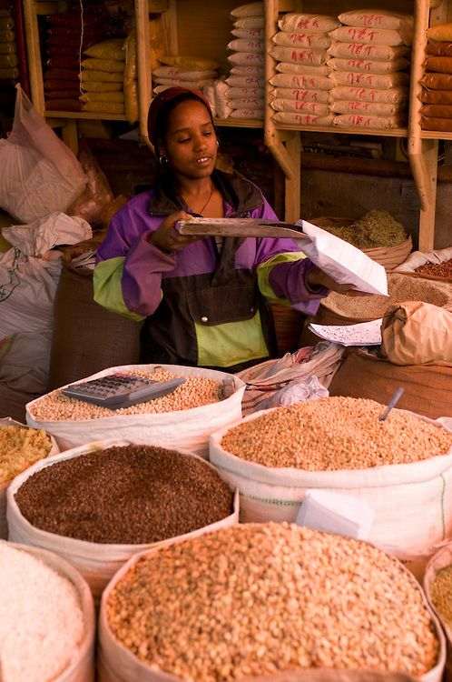 Spices for sale in the Mercado, the largest market in Addis Ababa, Ethiopia