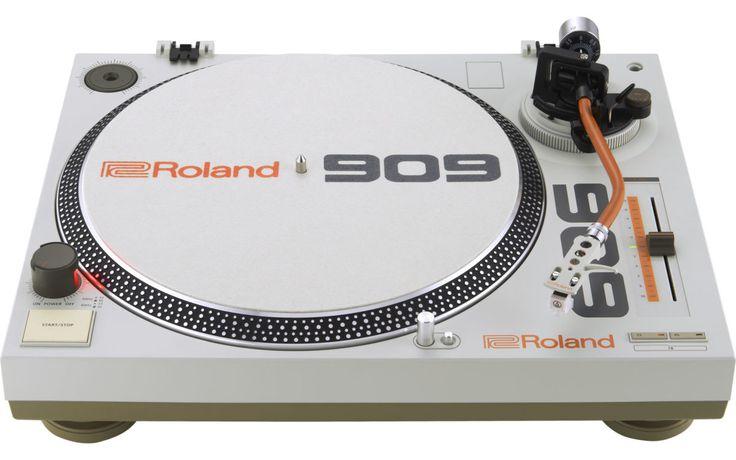 Praxis-Test: Roland TT-99 - ein DJ-Plattenspieler im Roland TR-909-Design. Nur von Außen heiß oder auch überzeugend im Test?