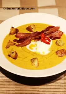 Supa de dovleac copt. O reteta alternativa de supa de dovleac.