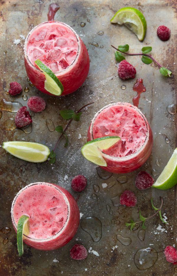A refreshing summer drink - a fresh raspberry-limeade slush. Better than Sonic!! #limeade #slush #raspberry