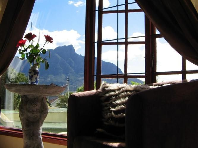 Gorgeous views and plenty of luxury characterise Harfield Guest Villa, Constantia, Cape Town.