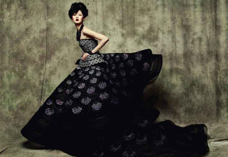 Christian Dior Fall 2008 Haute Couture    Remembrance of Things Past Magazine: L'Officiel China September 2010    Photographer: Sun Jun   Model: Lili Ji