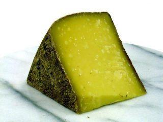 Козий сыр в мягкой корочке