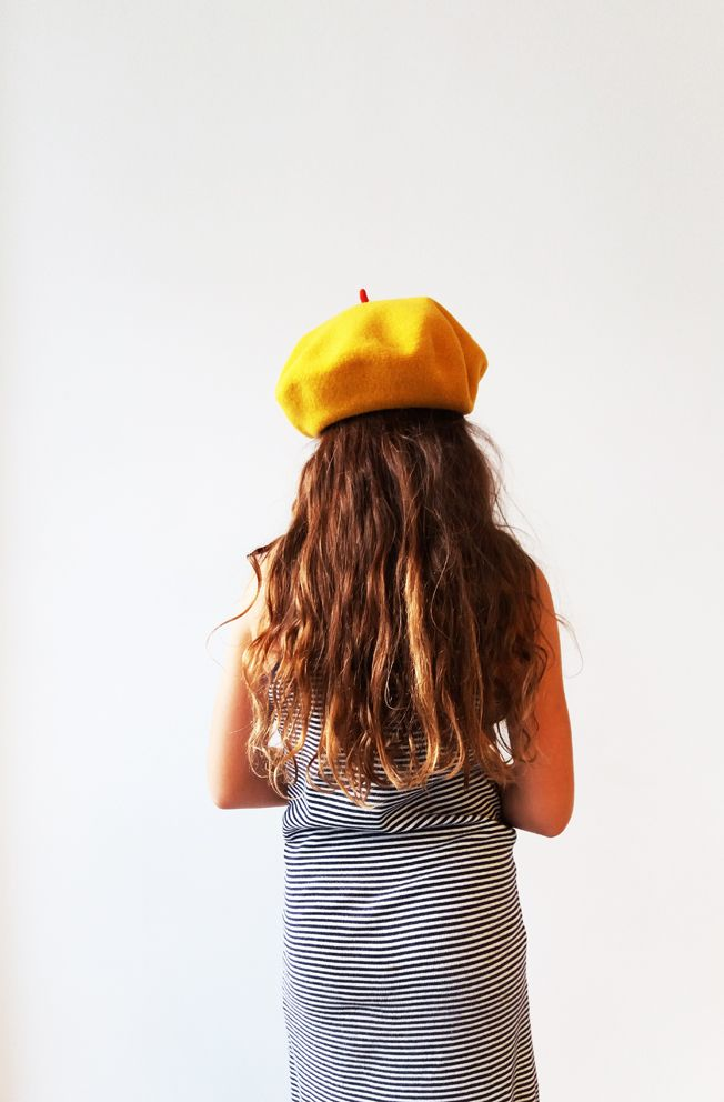 Mustard cap, musthave, red cabillou (béret moutarde) Le béret francais, made in France