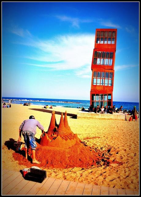 Building (Sand) Castles - Barcelona