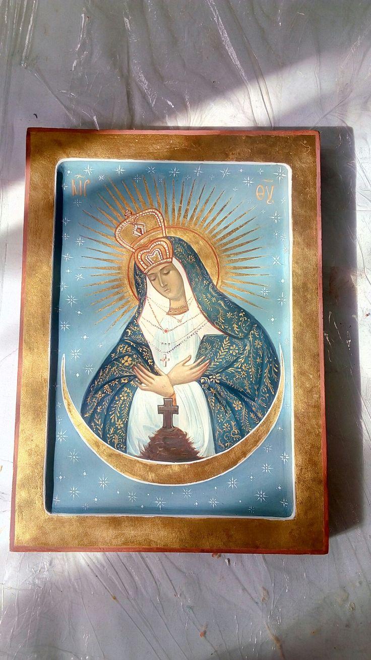 www.ikona-skiniya.com Ostrobramskaia icon of Our Lady by hands of Ekaterina Daineko (before covering olifa)
