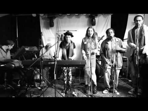 Hiatus Kaiyote / Session