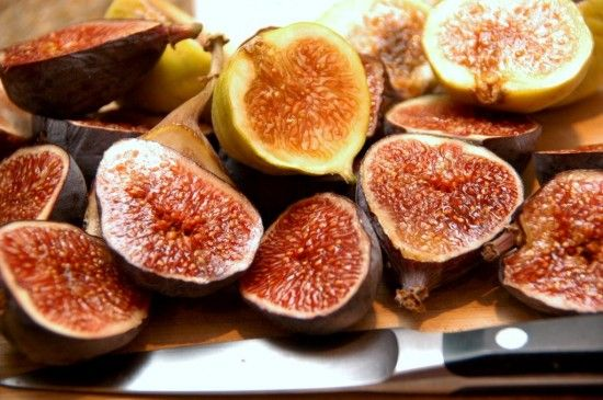 """Glorious figs"" -- this actually clicks through to a ""Fig Balsamic Recipe,"" but that's pinned previously [http://pinterest.com/pin/175218241723374580/]; I just loved this photo!"