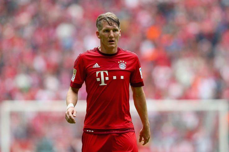 Manchester United 'make Bayern Munich's Bastian Schweinsteiger their number one transfer target'