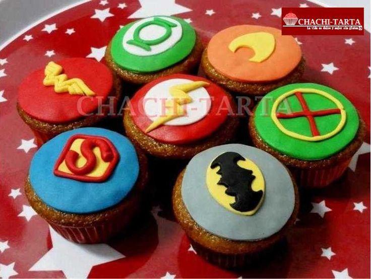 """Cupcakes """"Liga de la justicia"""" (sin gluten)"""