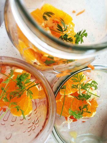 今が旬、みかんのいろいろレシピ【 いよかん・八朔(はっさく)・清見 ... あるもの野菜と果物でお洒落にきまる瓶サラダ。カロリーを抑えて