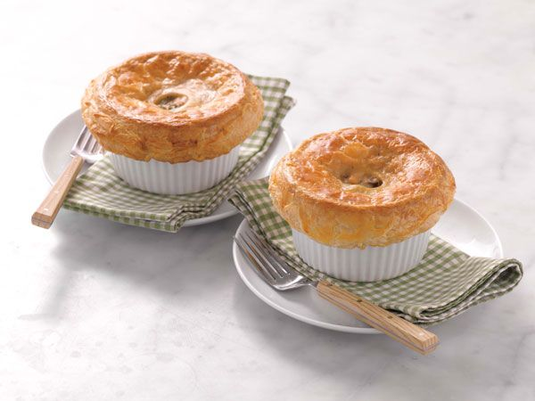 Martha Stewart's Cooking School: Chicken Pot Pie (my all-time favorite)