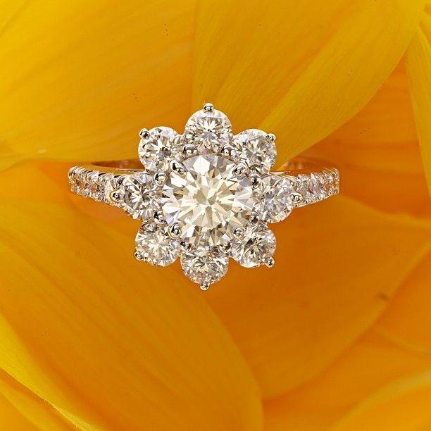 Harry Wiston Sunflower Collection #Diamonds