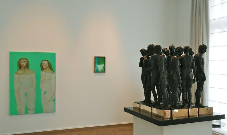 Gauthier Hubert, Les véritables assemblages d'origine, 2011; Francesco Gennari, Autoritratto su menta (con camicia bianca), 2009; Kevin Francis Gray, Twelve Chambers, 2013