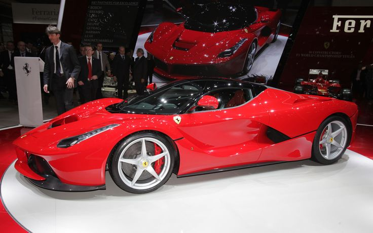 Ferrari LaFerrari First Look - Motor Trend