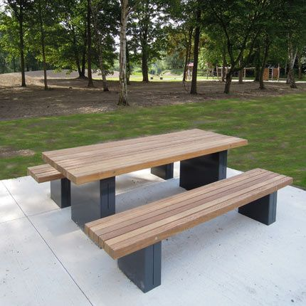 Simple design Picnic Set with Hardwood slats steel supports wheelchair accesible