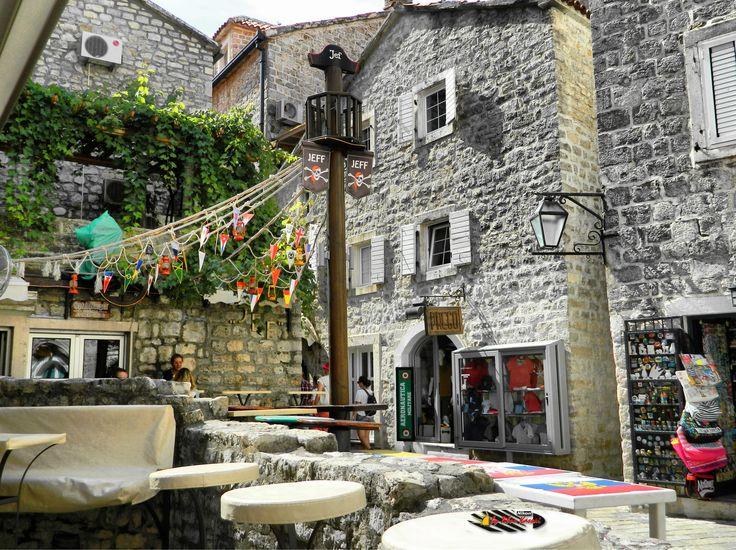 Old town, Budva, Montenegro, Nikon Coolpix L310, 6.2mm, 1/640s,ISO80,f/3.3, -0.3ev, HDR-Art photography, 201607050952