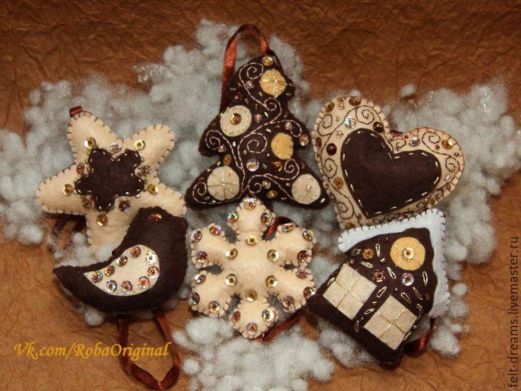 Купить Новогодние елочные игрушки из фетра - коричневый, коричневый цвет, бежевый, бежевый цвет