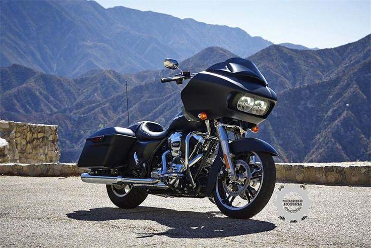 Harley-Davidson Road Glide 2015 После годичного перерыва Road Glide вернулся во всей красе.Ни у одного другого мотоцикла нет такого ярко выраженного и уникального профиля, как у Road Glide. Road G...