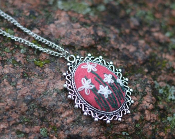 Red white flower necklace Floral pendant necklace Embroidered jewelry gift for daughter Personalized gift for her Nature jewelry for auntie