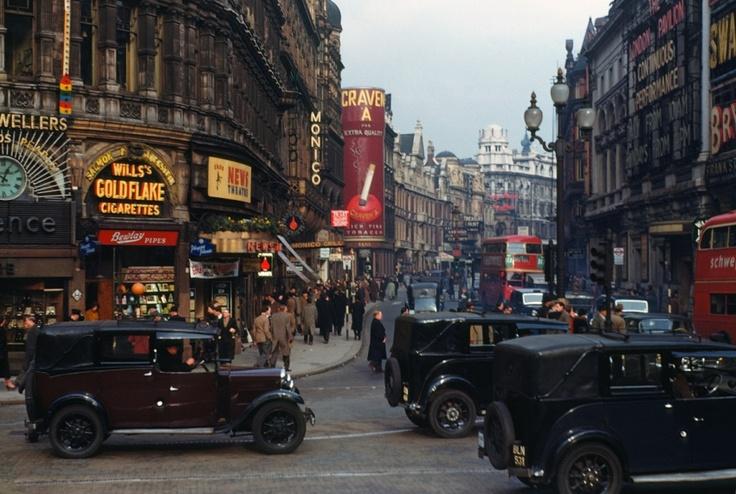 A vintage shot of Shaftesbury Avenue.