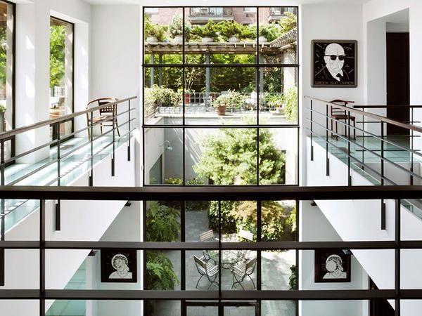 Robert De Niro's old loft and penthouse