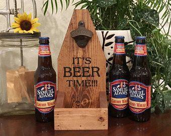 Botella tapa colector, abrelatas de botella de cerveza, es la hora de la cerveza, día del padre, San Valentín, cumpleaños, hombre cueva, Bar ware, regalo de Navidad, decoración rústica