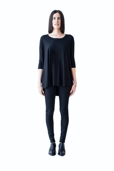 MA-Lookbook-Basics-Oversized-Sara-Top