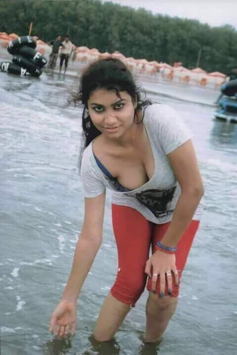 malayali girls hot images in public places