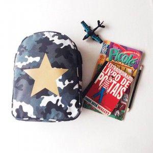 Mochila camuflada estrela!  #mochila #estrela #camuflado #livrinhos