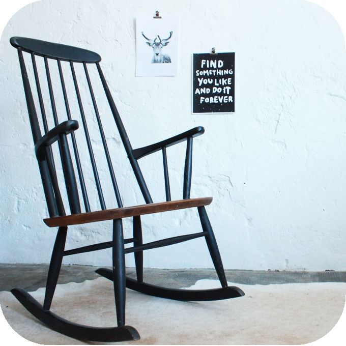 Rocking-chair danois '60 via atelierdupetitparc.fr