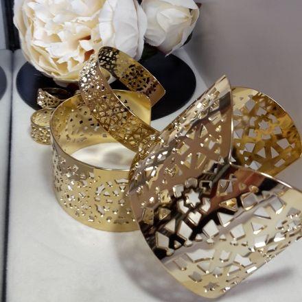 moucharabiehcréations  Bracelets et manchettes collection DEAR ORIENT. Bijoux de créateur d'influences orientales, made in France. #bijouxcréateur #orientaljewelry #madeinfrance #moucharabiehcreations