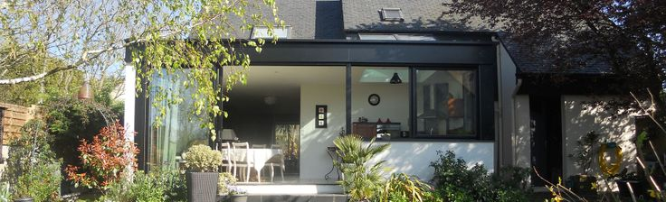 extanxia, véranda concept alu, vue extérieur avec toit en ardoise et salle a manger cuisine