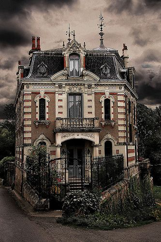 Haunted France-love this house