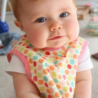 Baby Apron {Sewing Tutorial}