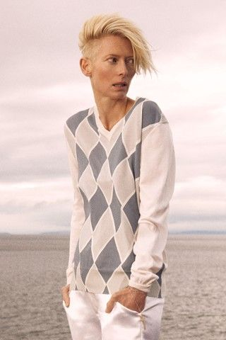 Tilda Swinton for Pringle of Scotland SS10 (gorgeous collection of whites)