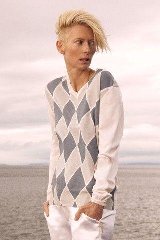 Tilda Swinton for Pringle of Scotland SS10 (gorgeous collection of whites)