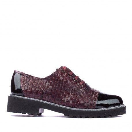 Modelo de zapato de la nueva colección de #invierno. Consigue los tuyos en la #tiendaoonline