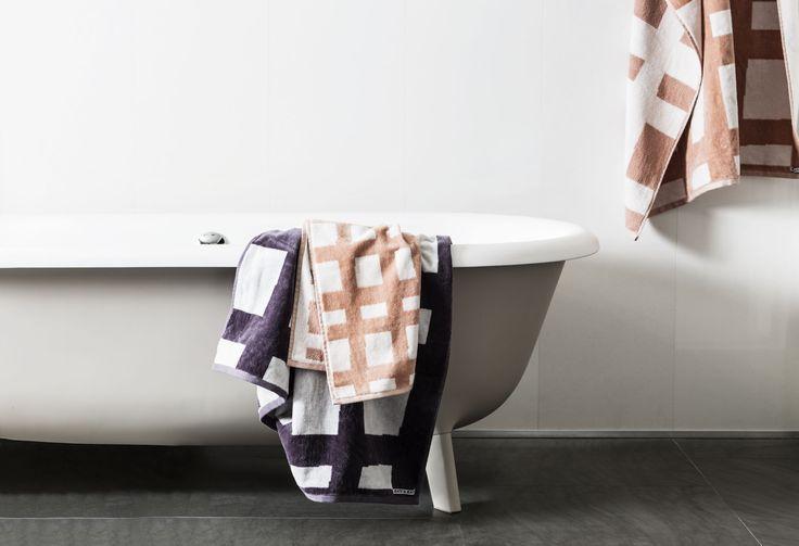 Sea Tangle Bath Sheet in  Spanish Villa/Snow White - http://kateandkate.com.au/shop/bath-sheets/sea-tangle-large-towel-3/  Excalibur/Snow White - http://kateandkate.com.au/shop/bath-sheets/sea-tangle-large-towel/