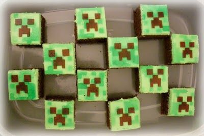 Minecraft Creeper cupcakes