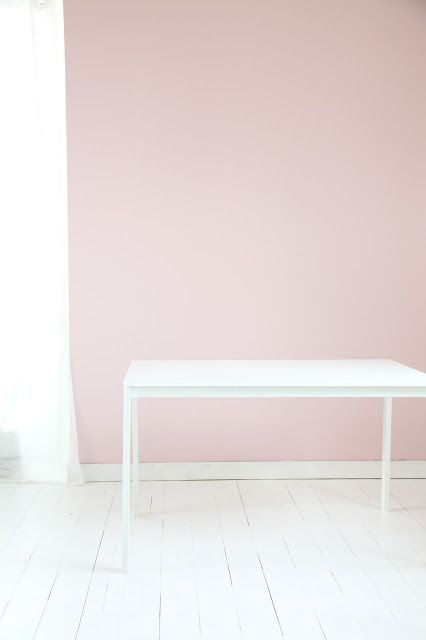 Beautiful pink wall and white floor from ledansla blog.