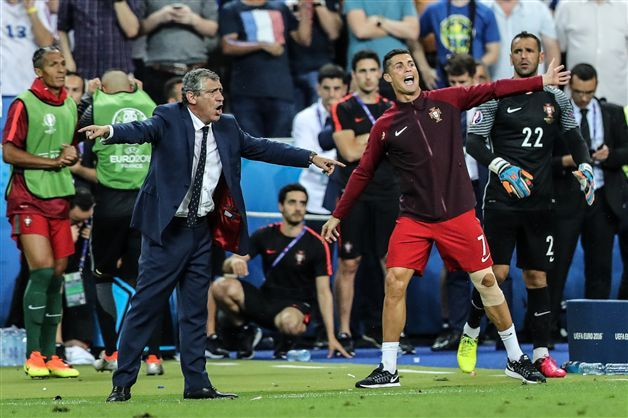 """Portugal terminou o jogo com """"dois"""" treinadores"""