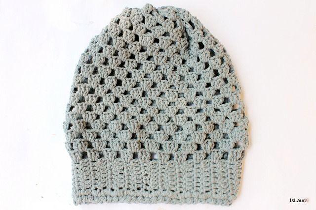 Tutorial: come realizzare un facile cappello all'uncinetto