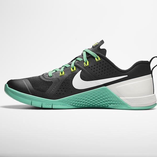 Nike Women's Air Force 1 Flyknit Low (Black/Black White) VILLA