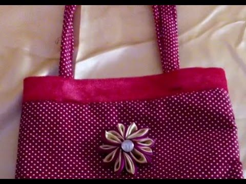A fun reversible handbag for you to sew by Debbie Shore - YouTube