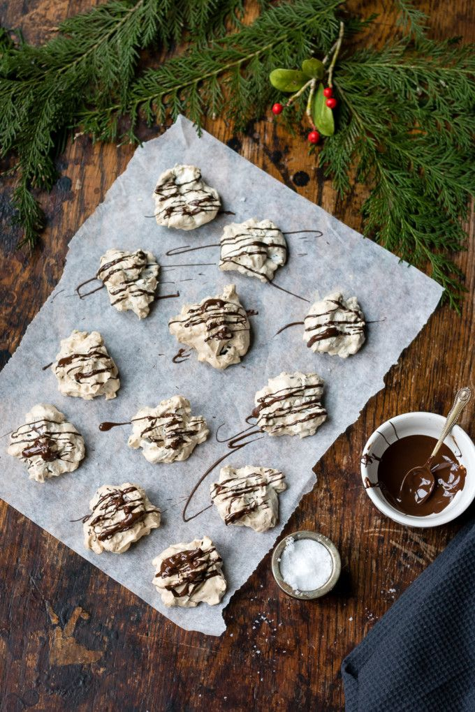 Icelandic Cornflake Meringues - These popular christmas cookies from Iceland are very quick and easy to make, and they're gluten-free. The light and delicate meringue is bulked up with the light crunch of cornflakes and has chunks of dark chocolate. They're then drizzled in dark chocolate and sprinkled with a few flakes of sea salt. #christmascookies #icelandicfood #iceland #christmasrecipe #glutenfreechristmas #glutenfree