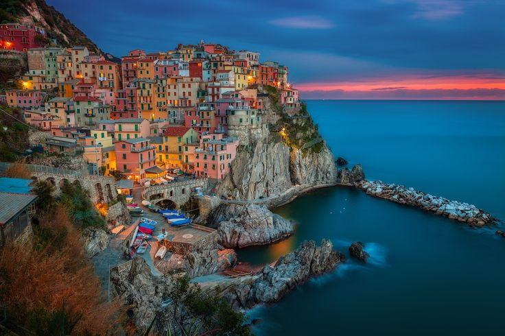 Manarola, Cinque Terre by Peter Stewart